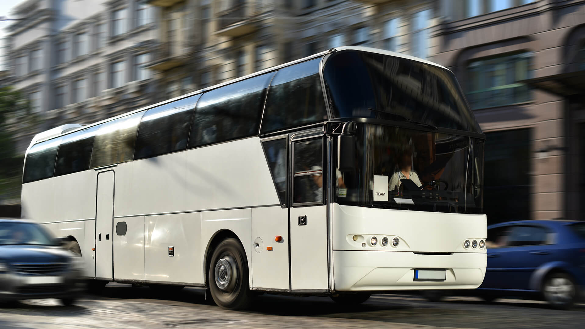 How Much Does a Charter Bus Cost? Consider This…